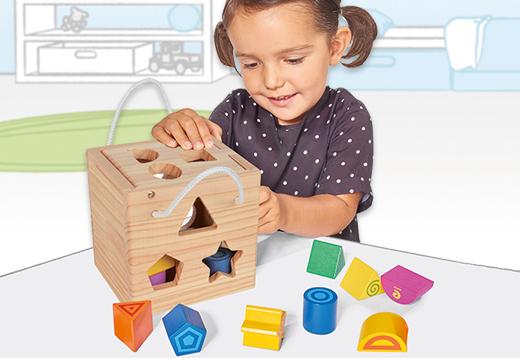 Cubo con formas de madera encajables, 13 piezas._1