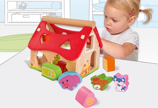 Casa de madera con formas encajables_1