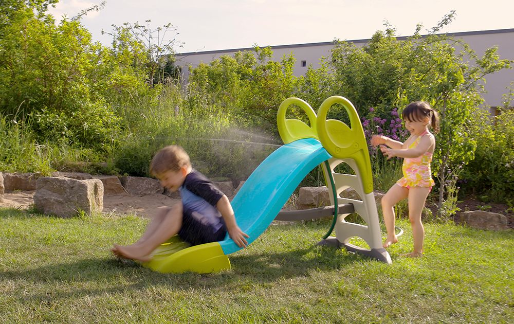 Outdoor toys for the whole family